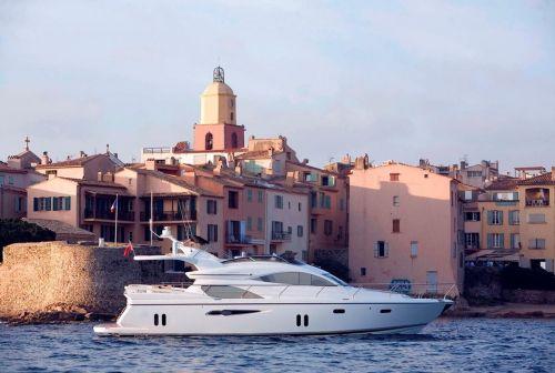 Pearl Yachts 60